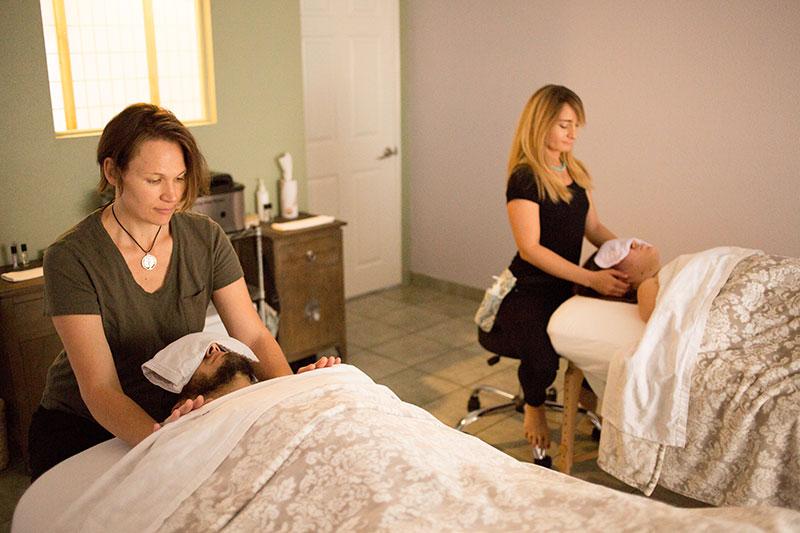 thaimassage blackeberg erotisk massage stockholm